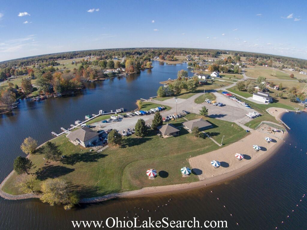 Lake Waynoka Ohio Aerial Photo